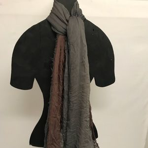 Accessories - Raisin and gray scarf
